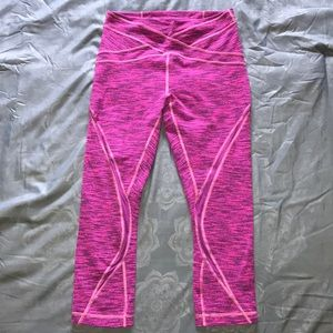 Like new, Lululemon Free Flow Crop